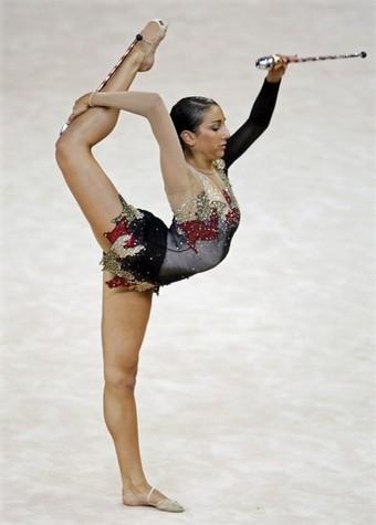 Alexandra Orlando Leg Stretch