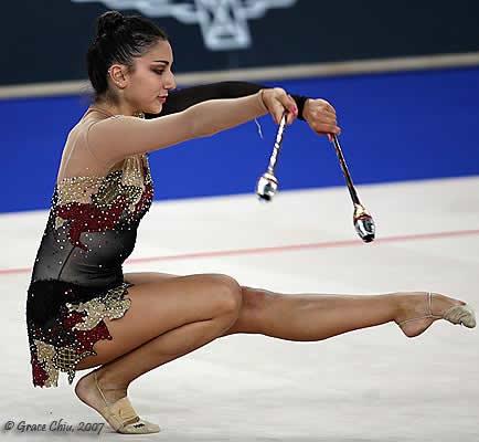 Alexandra Orlando Long Leg